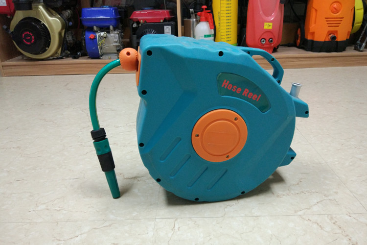 Self-Laying System Retractable Water Hose Reel For Hose Neat Auto Retraction